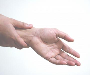 Pijn aan pols | Fysiotherapie Marieke Meeuwis
